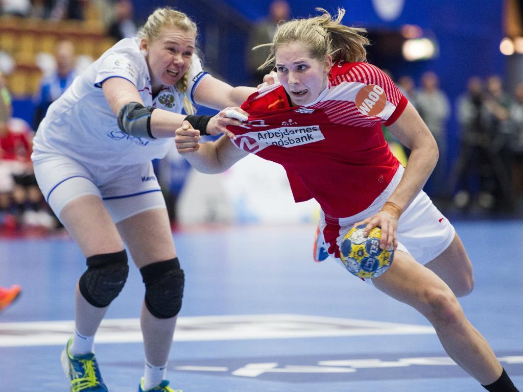 Andebol feminino: Rússia e Dinamarca empatam no Europeu