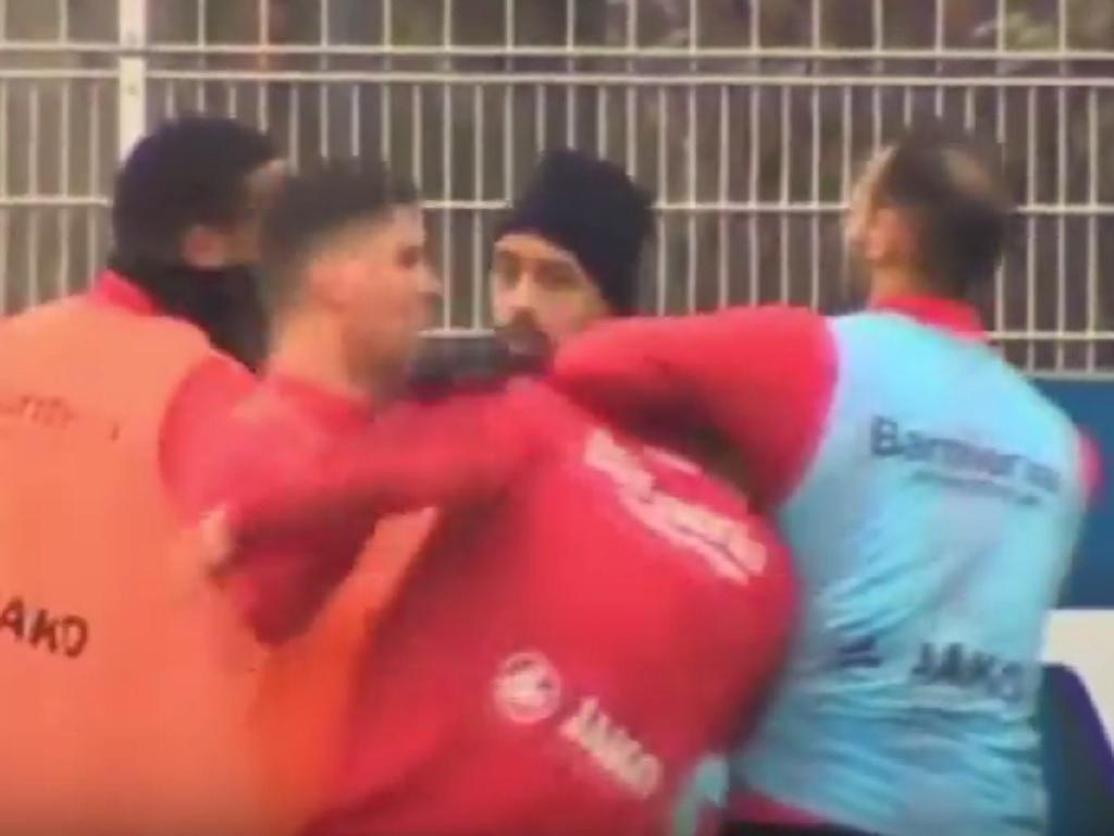 Treino Bayer Leverkusen (youtube)