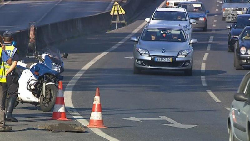 Há 660 mil carros a circular em Lisboa e no Porto