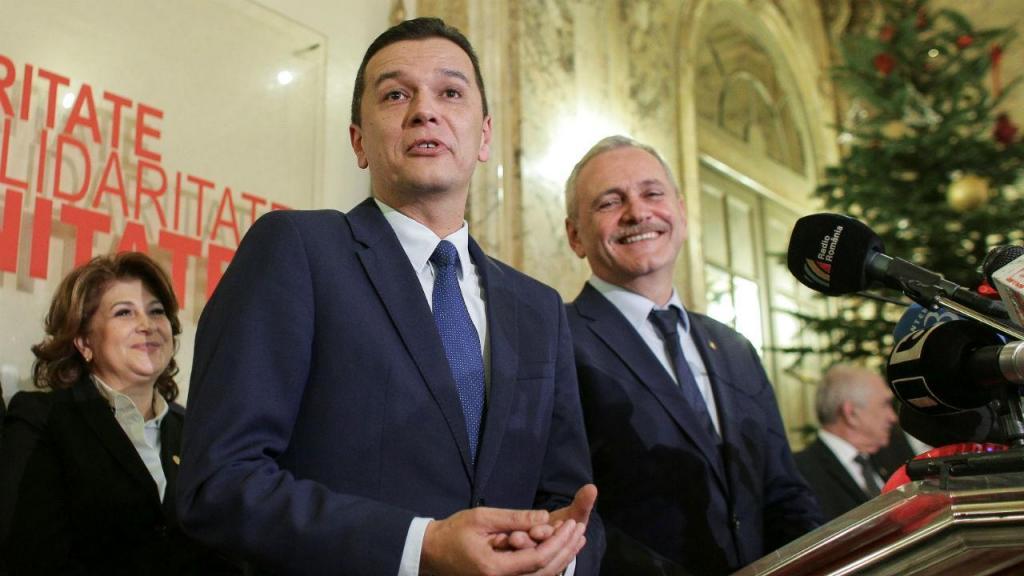 Sorin Grindeanu com o líder do PSD da Roménia, Liviu Dragnea