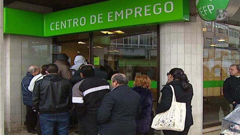 Oficial. Desemprego cai para 8,8%, valor mais baixo em oito anos