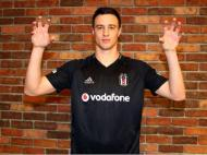 Matej Mitrovic (twitter Besiktas)