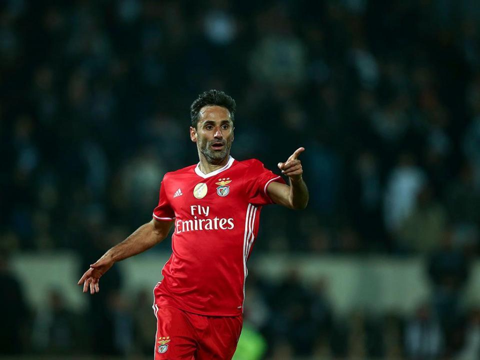 Abram alas para «o melhor avançado estrangeiro da história do Benfica»