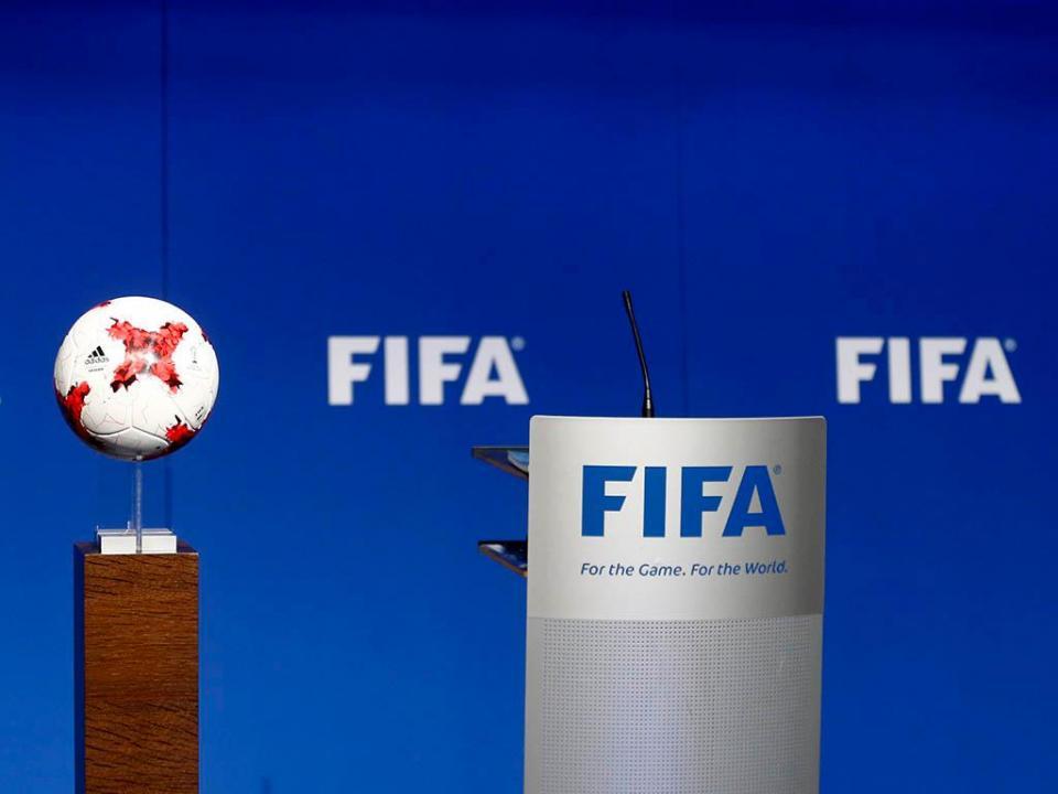 FIFA pensa em jogos de futebol de 60 minutos cronometrados