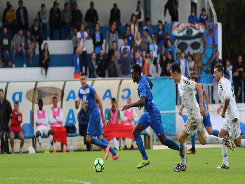 Amigo de Neymar corre atrás do sonho partilhado com Talisca