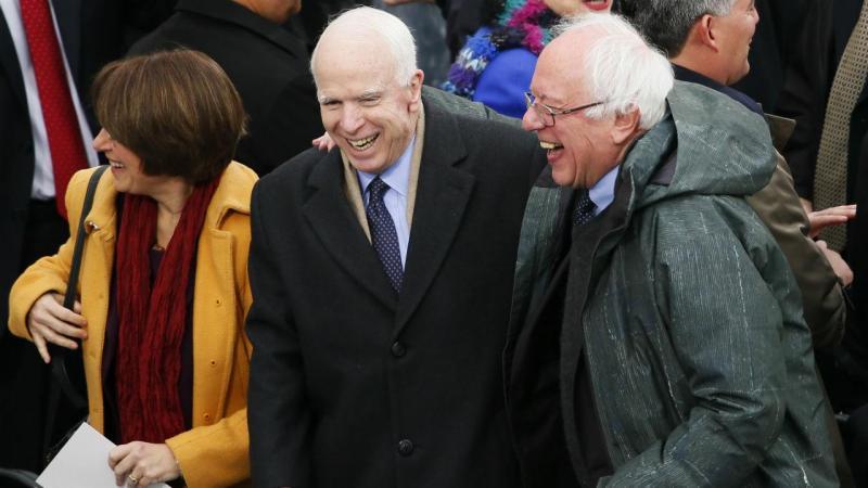 Bernie Sanders e John McCain