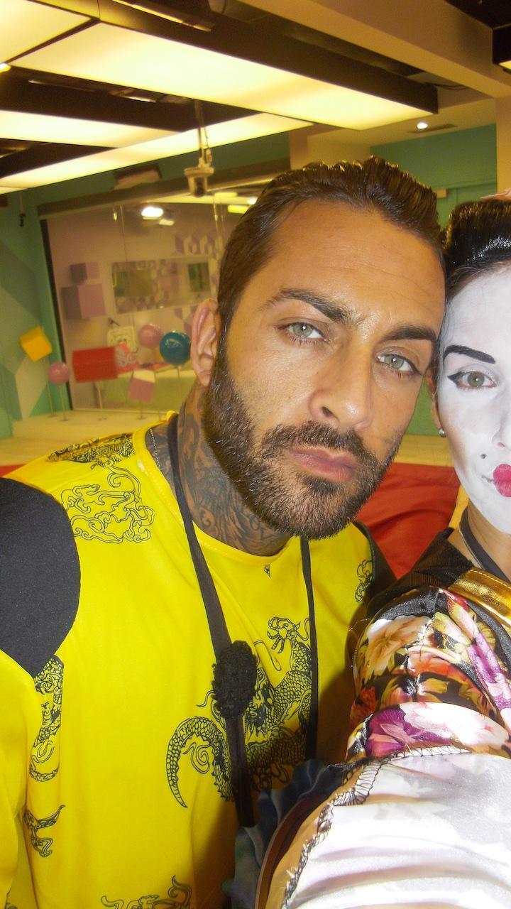 8 FOTOS - Selfies do Carlos na Festa Oriental
