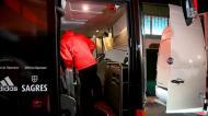 Pizzi entra lesionado no autocarro do Benfica