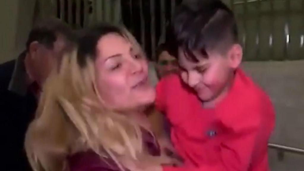 Criança detida em aeroporto dos EUA