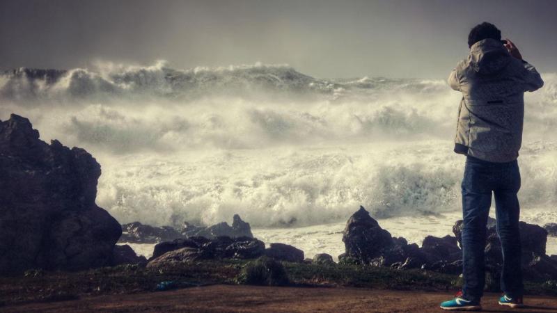 Mau tempo no Corvo, Açores