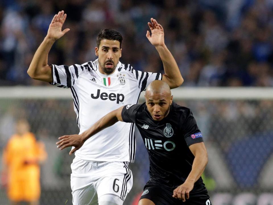 Juventus: problemas cardíacos afastam Khedira um mês