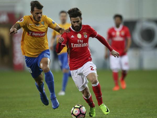 Resultado Benfica Hoje: TP: Estoril-Benfica, 1-2 (resultado Final)