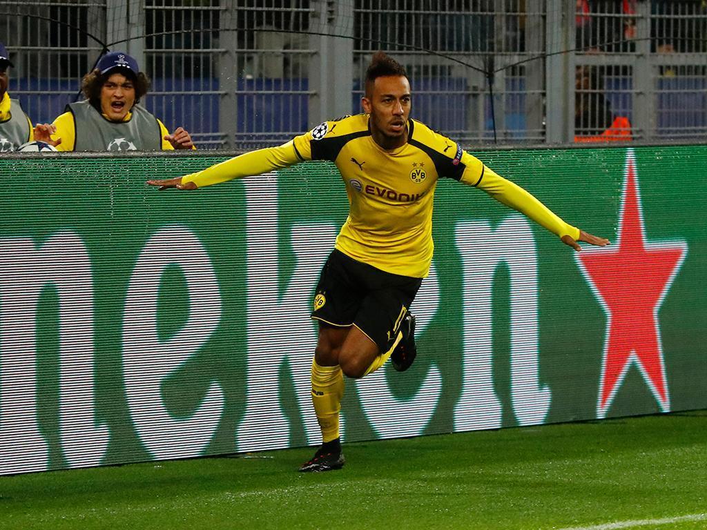 Aubameyang (Borussia Dortmund) - 27 golos, 54 pontos