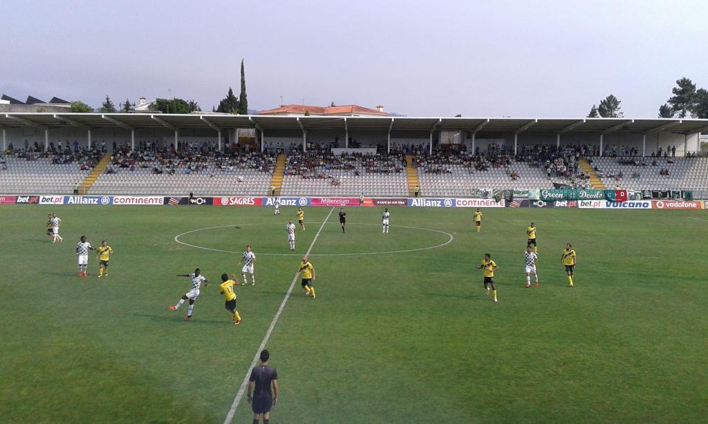 16º: Estádio Comendador Joaquim de Almeida Freitas, Moreirense. Média na Liga 2016/17: 1.986 espectadores