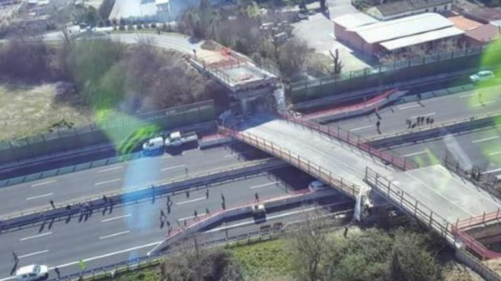 Ponte colapsa em Itália