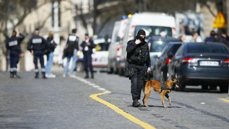Explosão na sede do FMI em Paris