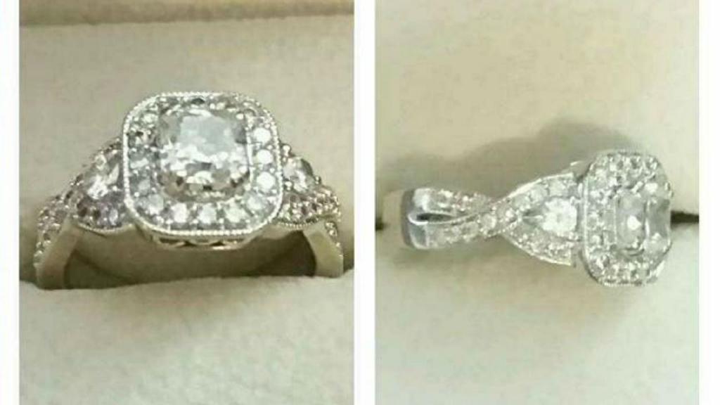 Mulher põe anel de noivado à venda para pagar despesas médicas