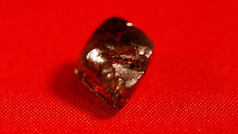 Diamante encontrado por rapaz num parque, em Arkansas