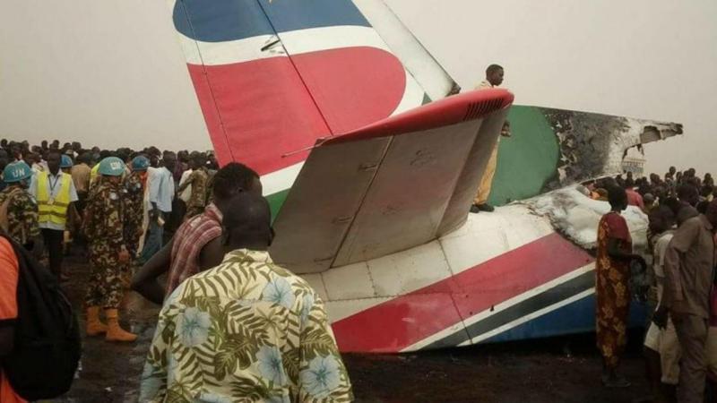 Avião despenha-se no Sudão do Sul