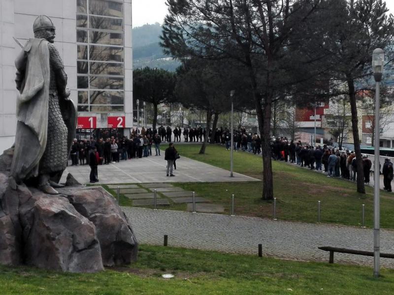 Fila bilhetes Taça de Portugal em Guimarães