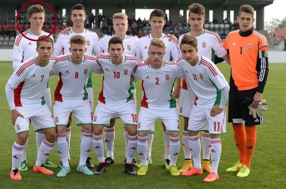 2834d15657 Bíró (o primeiro a contar da esquerda na fila de cima) em representação dos  sub-19 da Hungria