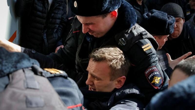 Líder da oposição russa detido em manifestação em Moscovo