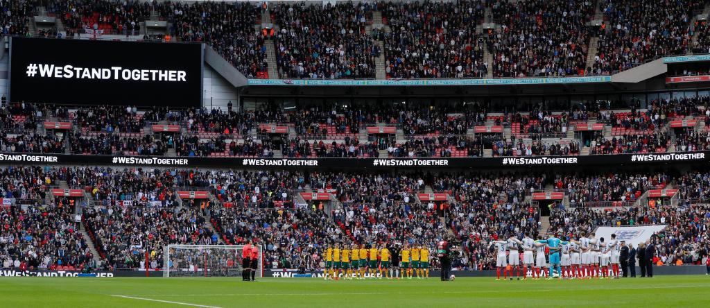 Homenagem às vítimas do terrorismo em Londres