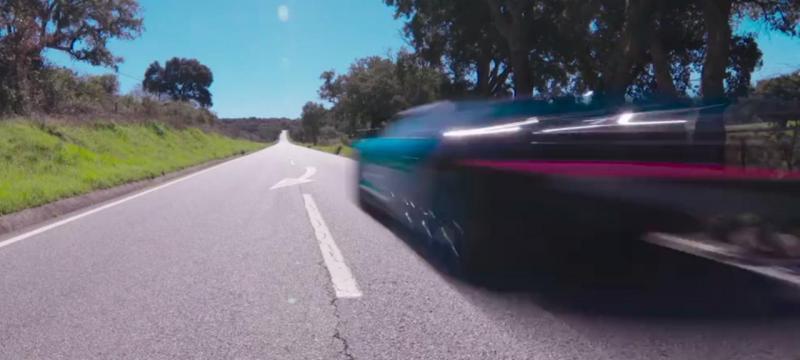 bugatti chiron a mais de 350 km h no alentejo tvi24. Black Bedroom Furniture Sets. Home Design Ideas
