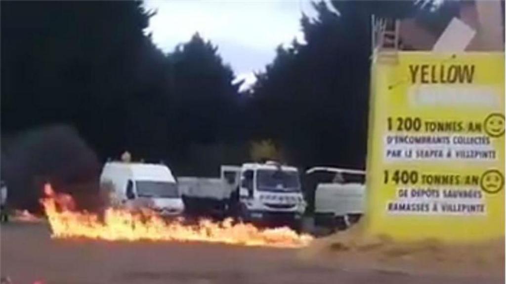 Explosão numa feira perto de Paris