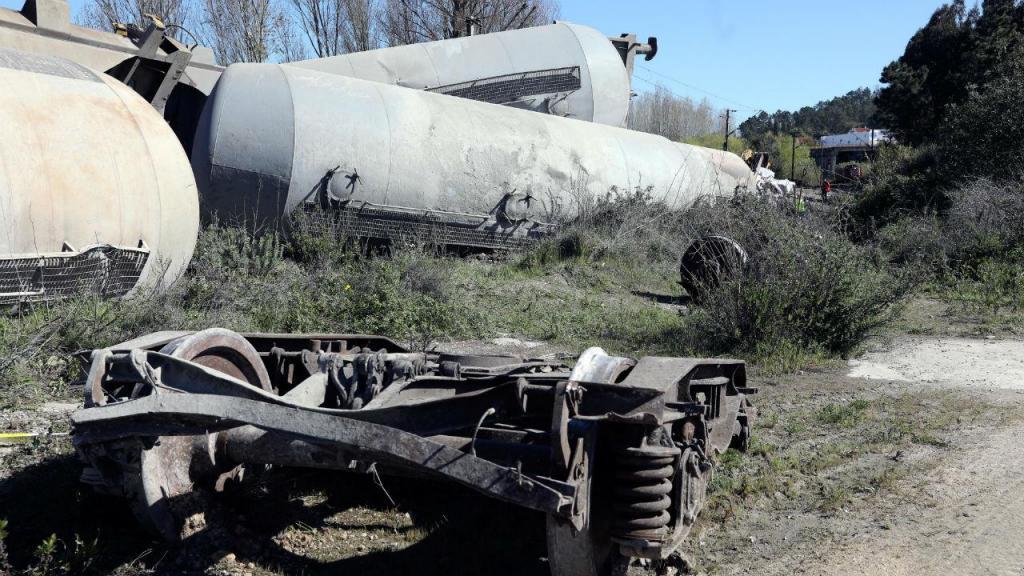 Descarrilamento de comboio de mercadorias em Coimbra
