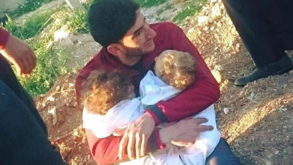 Abdul Hamid Youssef perdeu os filhos de nove meses e a mulher no ataque químico na Síria