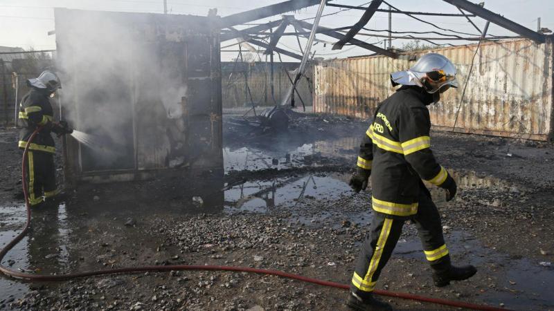 Incêndio em campo de migrantes em França