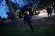 11 de abril de 2017: três explosões atingem o autocarro do Borussia Dortmund, que iniciava a viagem entre o hotel e o estádio, para o duelo com o Mónaco, da Liga dos Campeões. O jogador Marc Bartra ficou ferido e teve de ser operado ao pulso direito. O jogo foi adiado para o dia seguinte.