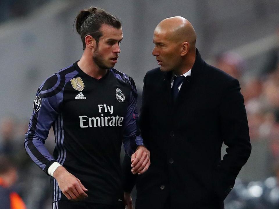 «Zidane é uma vergonha, não mostra respeito por Bale»