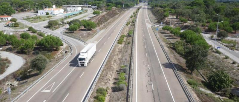 Portugueses desenvolvem piso que desacelera carros e cria energia