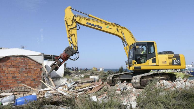 Demolições na ilha do Farol