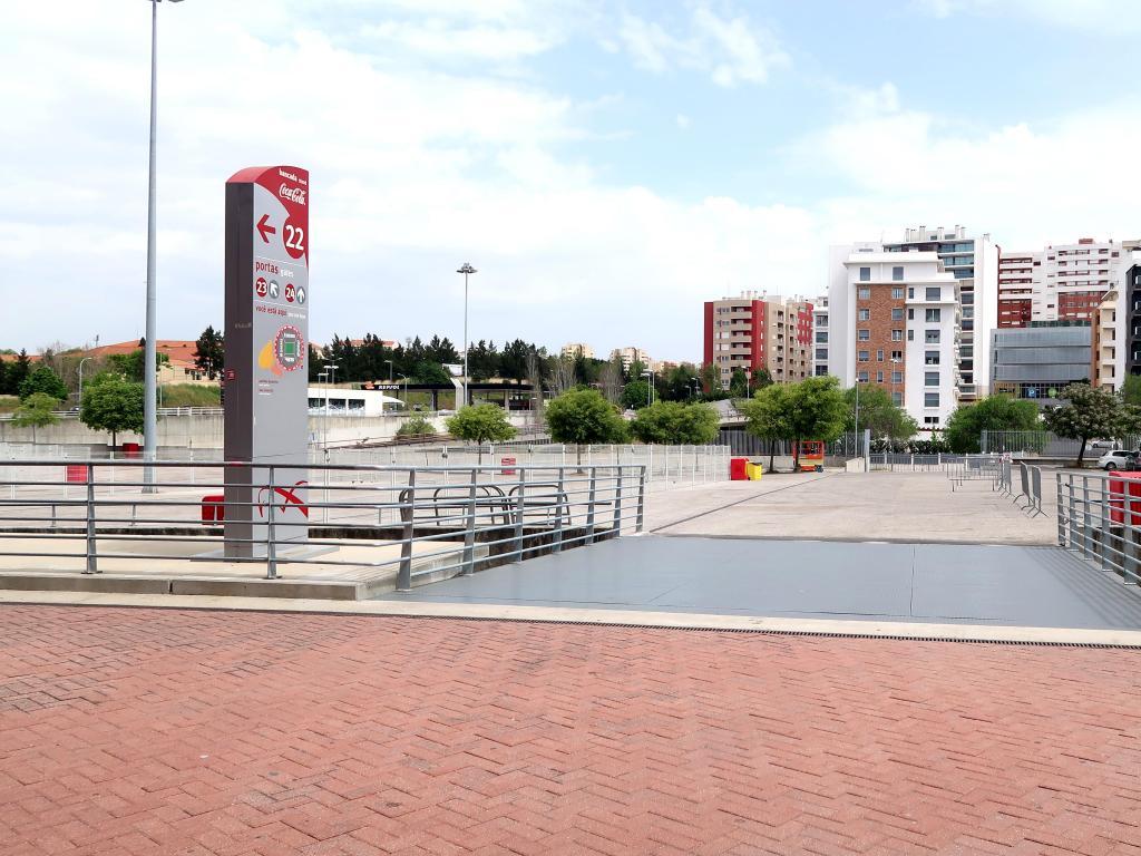 O espaço é hoje ocupado pelo parque de estacionamento da nova Luz e por prédios