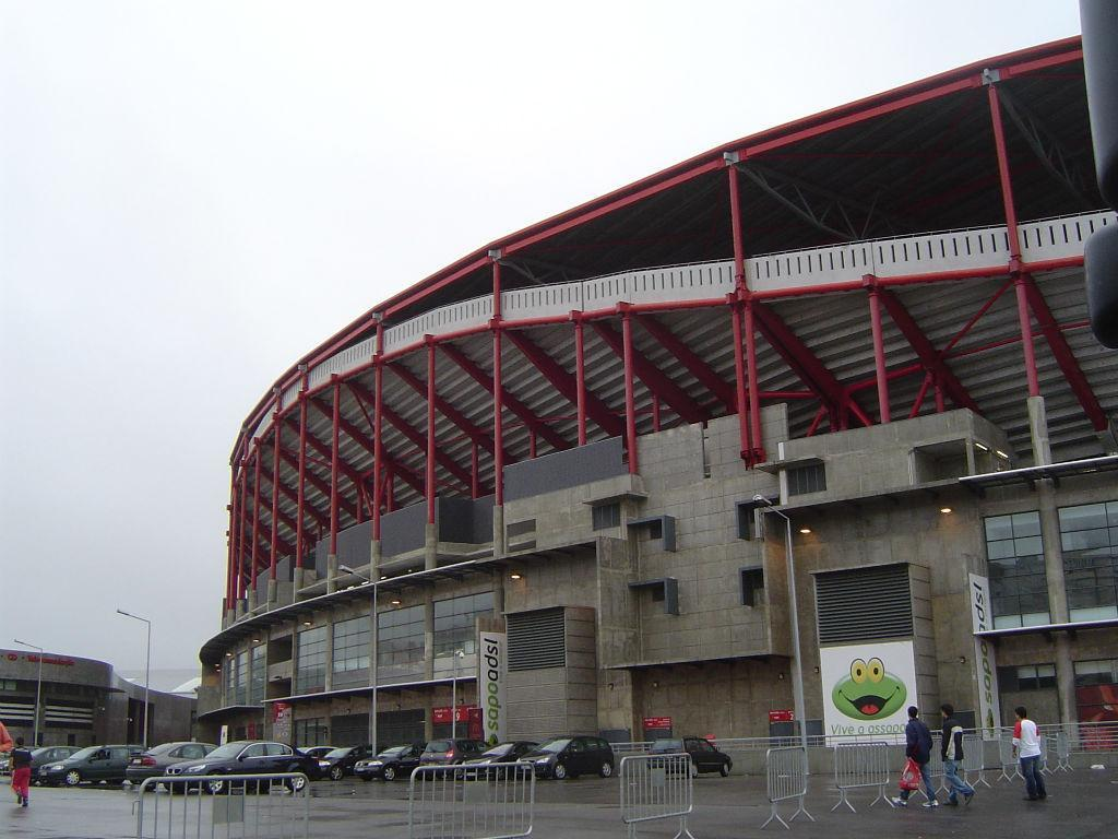 O novo Estádio da Luz já acolheu dezassete dérbis