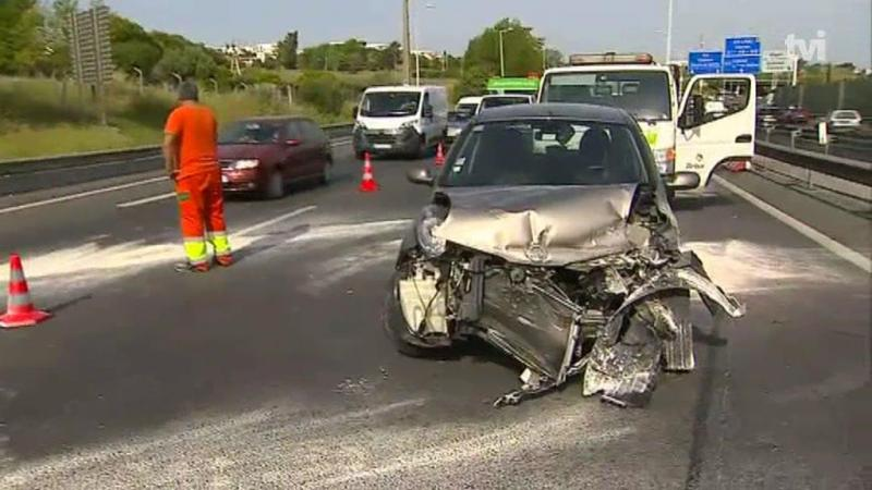 Acidente na autoestrada para Cascais faz um morto