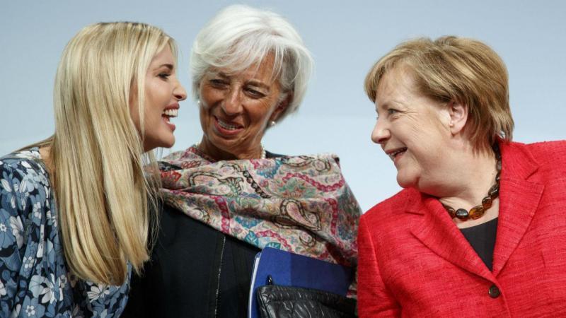 Cimeira W20, em Berlim. Christine Lagarde e Ivanka Trump ao lado de Merkel