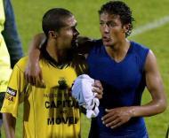 Geraldo e Bruno Alves, encontro de irmãos (Foto Lusa)