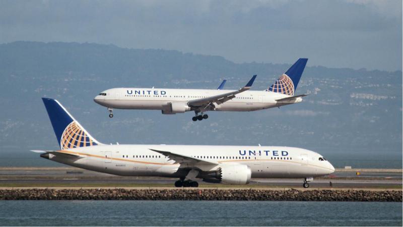 United Airlines leva passageira à Califórnia ao invés de Paris
