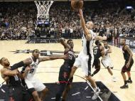 San Antonio Spurs-Houston Rockets (Reuters)