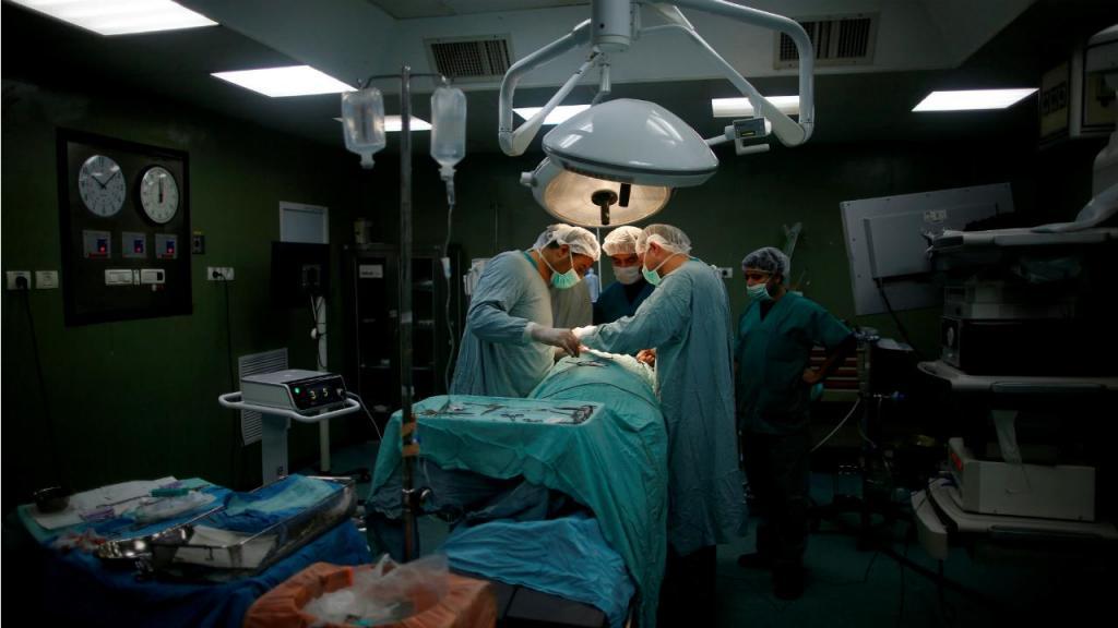 Cirurgia inovadora de extração de hérnia discal efetuada em Coimbra