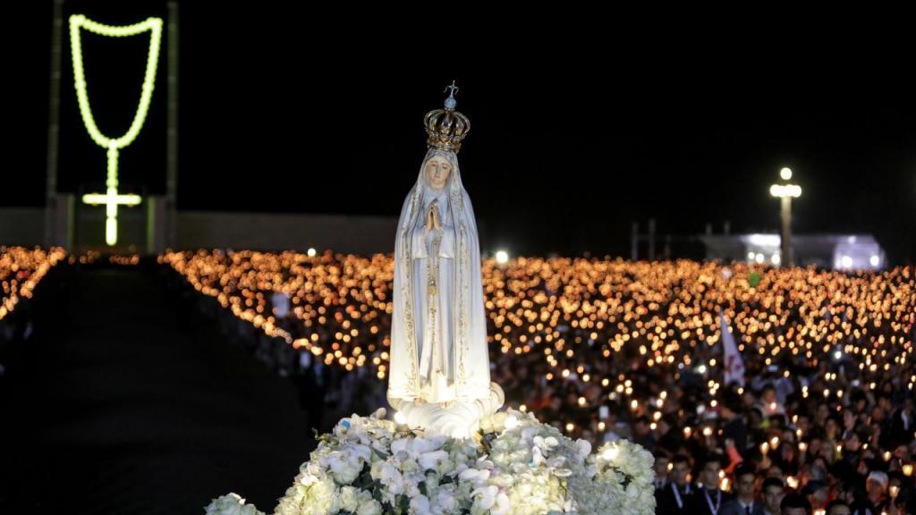 Milhares de pessoas em Fátima para ver o Papa