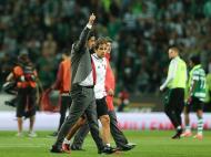 O Benfica joga em Alvalade, empata 1-1, o FC Porto empata também com o Feirense e mantém-se tudo igual: com o campeão mais perto do título.