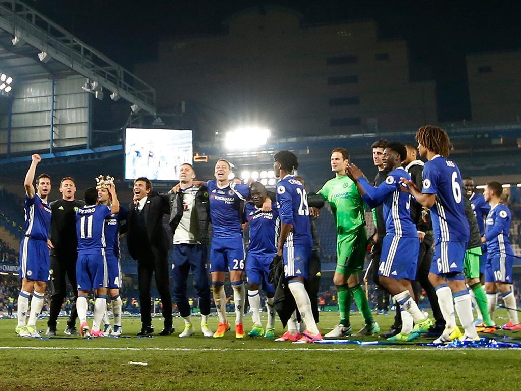 Chelsea festeja título Inglês (Reuters)