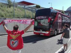 Weigl e Zivkovic feridos após ataque ao autocarro do Benfica