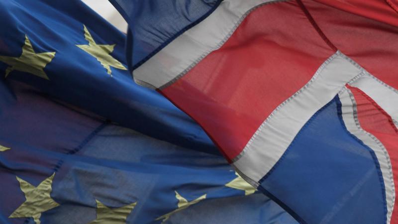 Bandeira do Reino Unido e da União Europeia