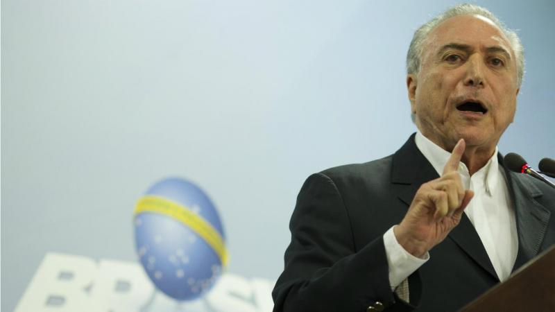 Lula defende saída de Temer e eleições diretas